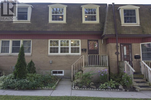 5 - 116 NOTCHHILL Road  - Kingston Row / Townhouse for sale, 3 Bedrooms (367020017) #2